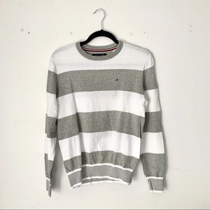 Tommy Hilfiger | white & grey stripe knit sweater